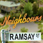 Komşular Dizisi Oyuncu Kadrosu ve Karakterleri