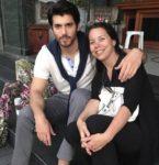 İşte Can Yaman'ın Annesi: Görenler Çok Şaşırıyor!